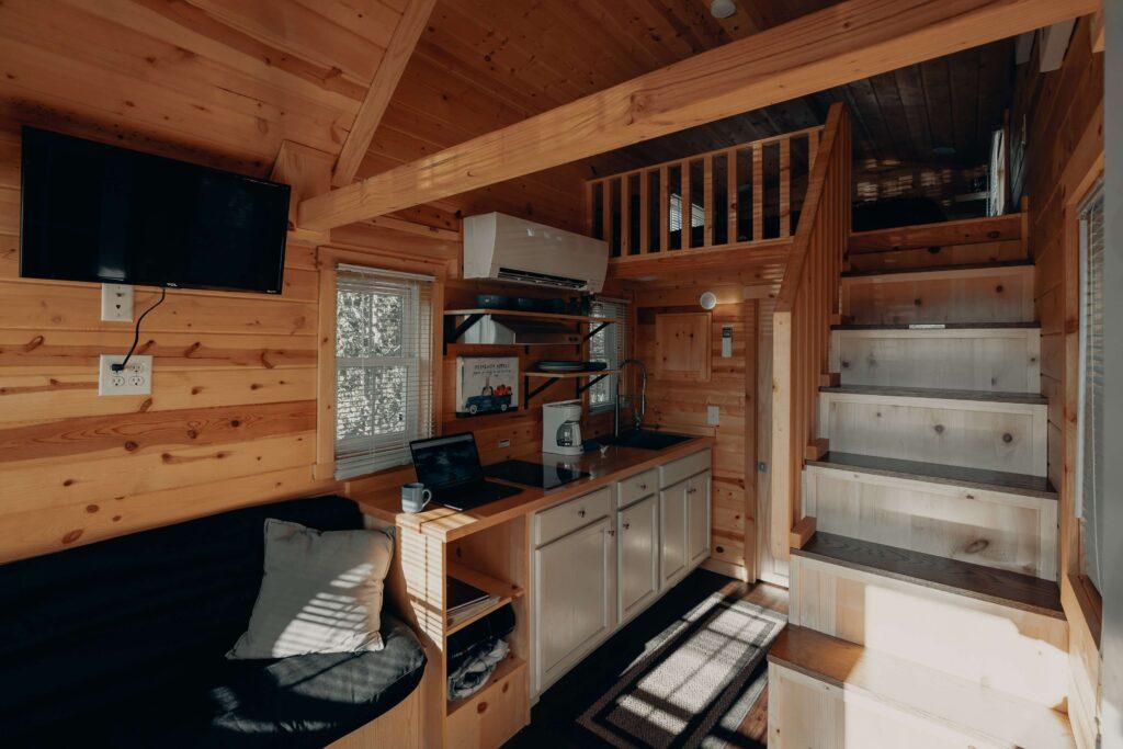 aménager son espace sous escalier