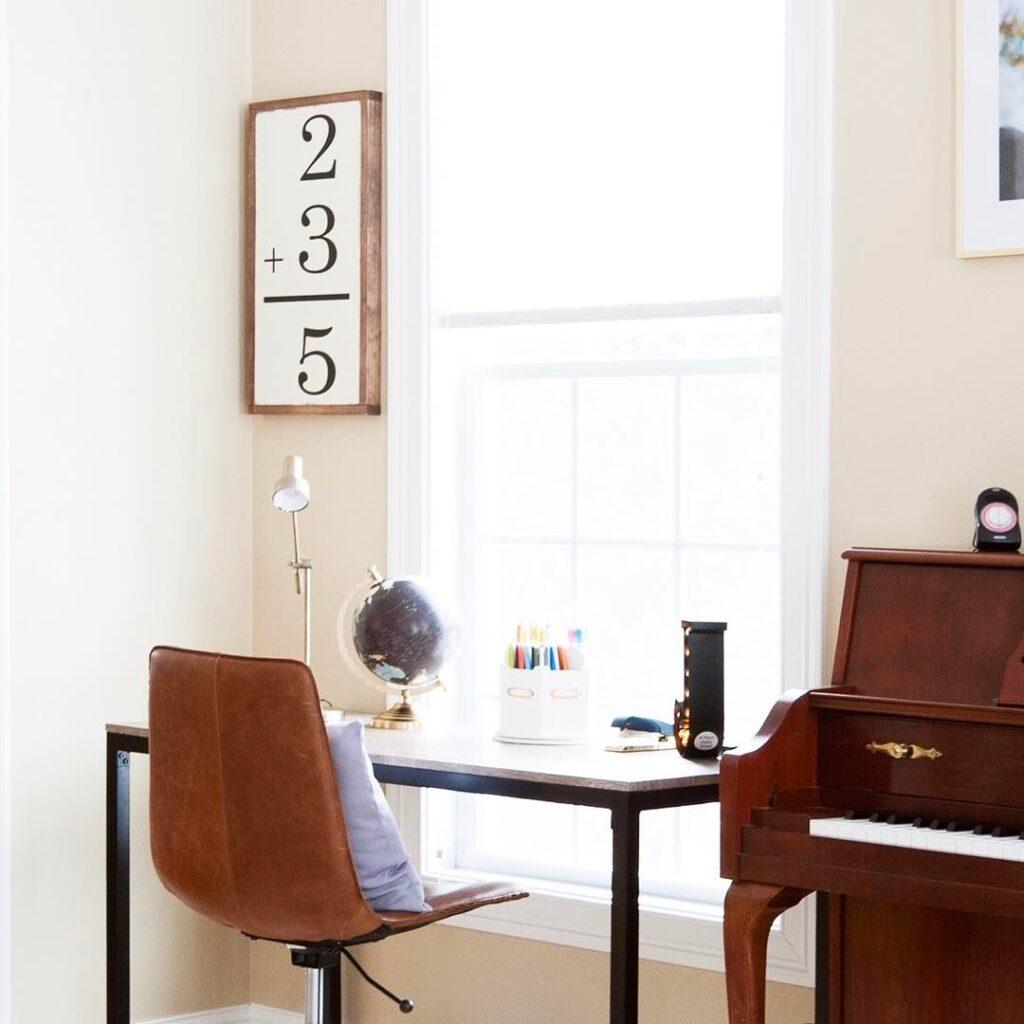 bureau d'étude flexible pour enfant
